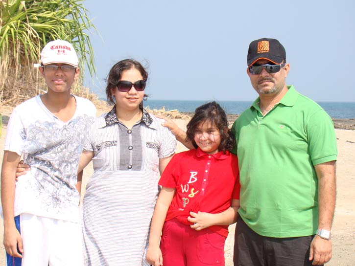 Bulbul (batch-18, Auto)  with daughter , son & wife at St. Martin, 2010