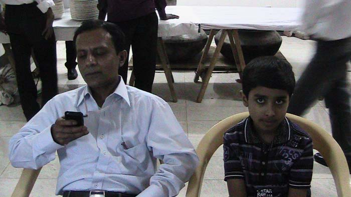 Monu (B-16-Electrical) with his son-March-2012
